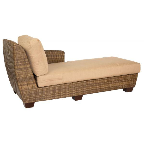 Wondrous Saddleback Right Arm Facing Chaise Lounge Sectional Dailytribune Chair Design For Home Dailytribuneorg